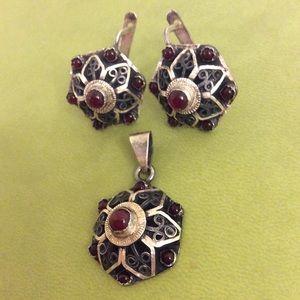 Vintage pendant and earrings set